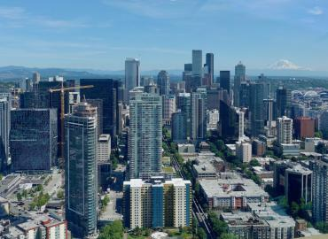 An image of Seattle's skyline with Mount Rainier.